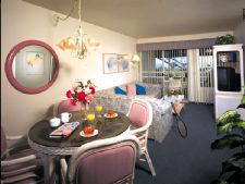 Capistrano Surfside Inn in Capistrano Beach, California