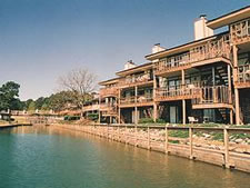 Emerald Isle Condominiums in Hot Springs, Arkansas