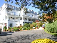 Hillcrest Condominiums in Ogunquit, Maine