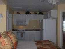 Photos and pictures of silverleaf 39 s piney shores resort in for Piney shores resort cabine
