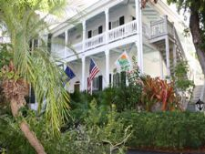 photos and pictures of the banyan resort in key west florida. Black Bedroom Furniture Sets. Home Design Ideas