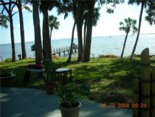 A Bit Of Paradise Resort in Titusville, Florida
