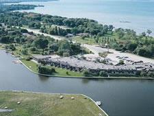 Harbour Inn and Resort Club in Brechin, Ontario, Canada