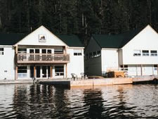 Nu-Tka Landing Floating Resort in Vancouver Island Nootka Sound, Brit, Canada