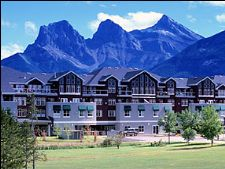 Sunset Resorts in Canmore, Alberta, Canada